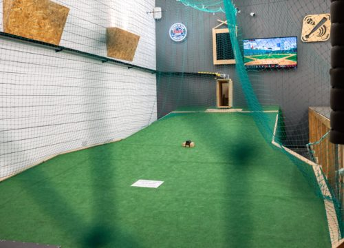 1st Base – Baseball Entertainment Centre